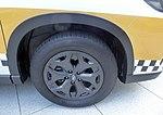 The tire wheel of Subaru FORESTER X-BREAK (5BA-SK9) used as a Galande taxi.jpg