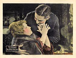 Thedevilspasskey-1920-lobbycard.jpg