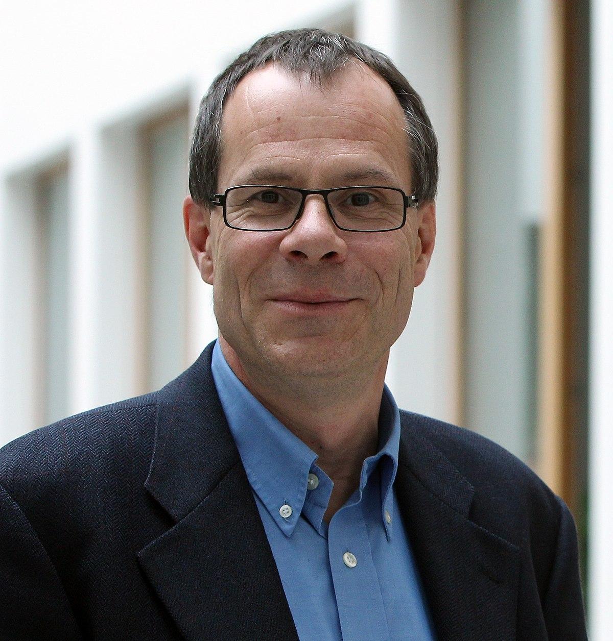 Thomas Wiegold – Wikipedia