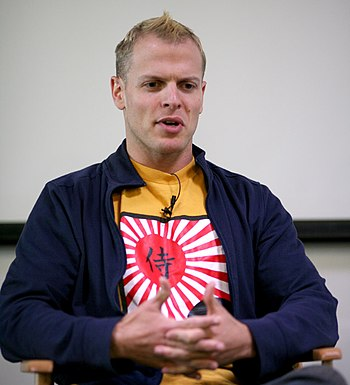 English: Timothy Ferriss speaks at Google, May...