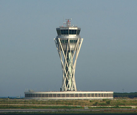 Barcelona Airport tower TorreControElPrat.jpg