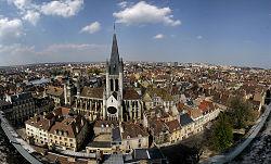 Panorama depuis la Tour Philippe le Bon, avec l'église Notre-Dame de Dijon.
