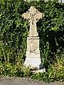 Tourteron (Ardennes) croix e chemin près monument aux morts, MH.JPG