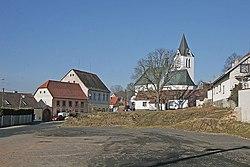 Trhový Štěpánov - kostel svatého Bartoloměje.jpg