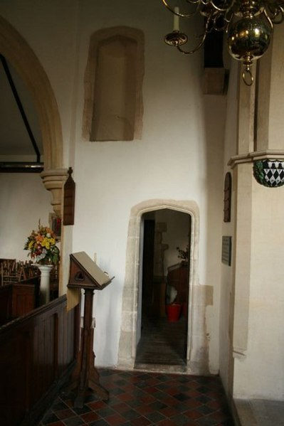 File:Tudor-arched doorway in St Michael and All Angels