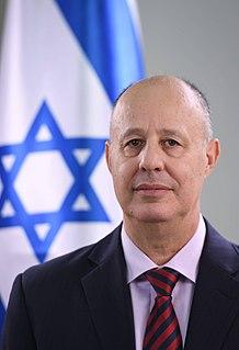 Tzachi Hanegbi Israeli politician