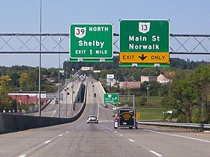 U.S. Route 30 in Ohio - U.S. Route 30 westbound approaching the SR 13 (Main Street) interchange in Mansfield