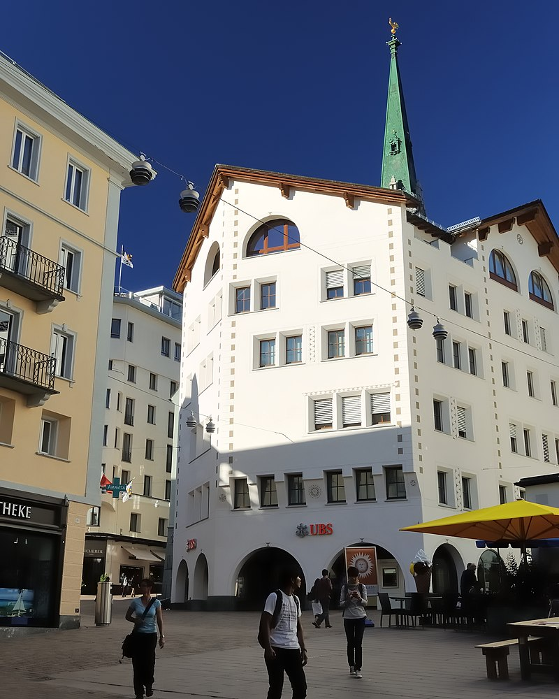 UBS St. Moritz.jpg
