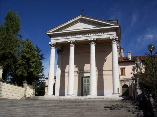 Udine-Basilica Santuario della Beata Vergine delle Grazie