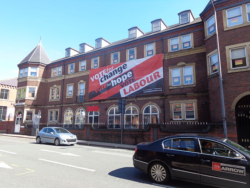 Unite the Union decked out for the 2015 General Election on Call Lane, Leeds (3rd May 2015) 001.JPG