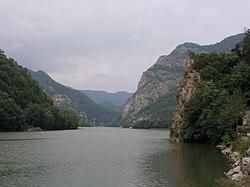 Olt Defile, Distretto di Vâlcea