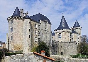 Verteuil-sur-Charente - Château de Verteuil