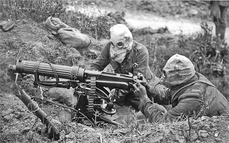File:Vickers machine gun crew with gas masks.jpg