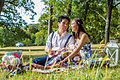 Vietnamese male and female having a picnic 03.jpg