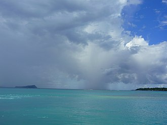Manono Island - Image: View from ferry in Apolima Strait 2009