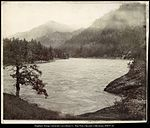 View on the Columbia River, Nr. Cascade Locks, O.R. & N. Ry..jpg