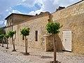 Villeneuve les Avignon (7199918514).jpg