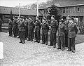 Wezep parade en uitreiking onderscheidingen Korea, Bestanddeelnr 904-9615.jpg