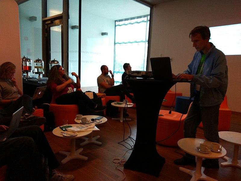 Розповідь про Вікістудію. Автор фото Visem, вільна ліцензія CC BY-SA 4.0
