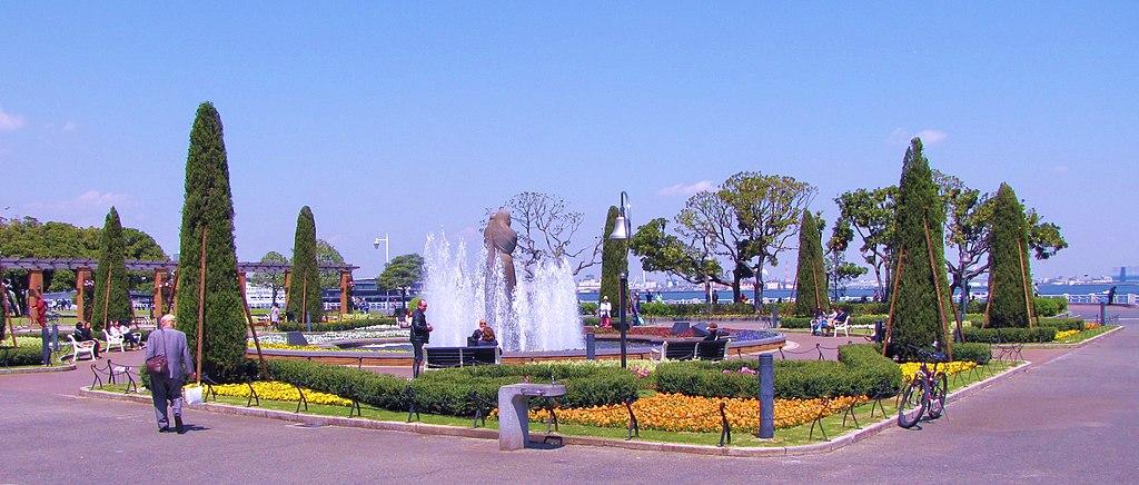 Yamashita Park, Yokohama, Kanagawa Prefecture, Japan - panoramio (4)