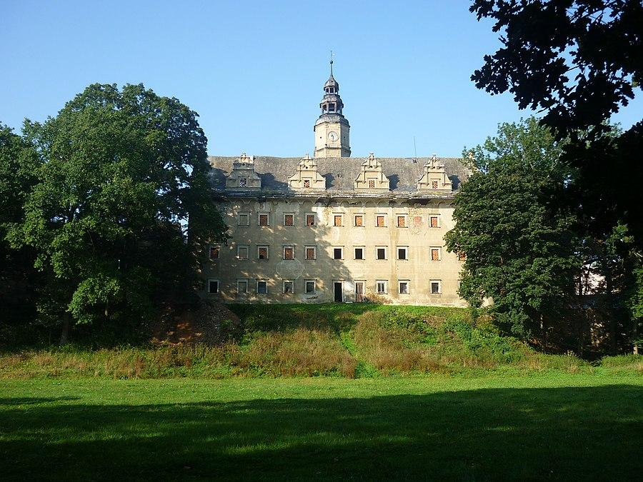 Gorzanów Castle
