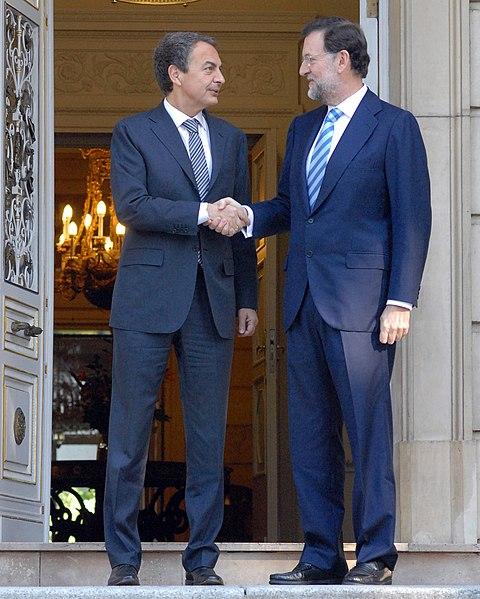 Archivo:Zapatero y Rajoy en La Moncloa (2010).jpg