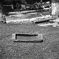 """""""Loj"""" (lij)- lesena posoda za pretakanje vina v sod, pri Antončevih, Budganja vas 1957.jpg"""