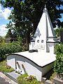 """"""" Grabmal des Feldmarschalls Adam Dembicki von Wrocien auf dem Sanoker Zentralfriedhof """".JPG"""