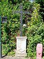 Écouen (95), croix de mission de 1860, rue de la République - av. du Connétable.jpg