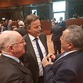 Ο Υπουργός Εξωτερικών, Ν. Κοτζιάς, με τον Υπουργό Εξωτερικών της Ιρλανδίας και της Ολλανδίας (28308051261).jpg