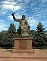 Володимир Мономах, пам'ятник у Прилуках.jpg