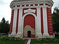 Колокольня храма Воскресения, фрагмент (вход на колокольню). Старая Русса.jpg