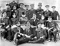 Команда крейсера Забияка, Петропавловский порт, 1892 год.jpg