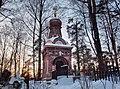Часовня-усыпальница в неорусском стиле на Шуваловском кладбище - panoramio.jpg