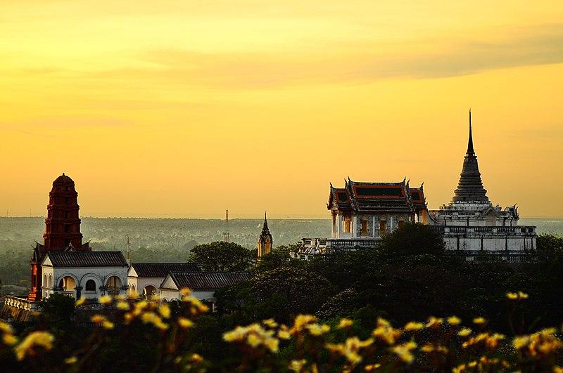 Історичний парк Пхра-Накхон-Кхірі (Пхетчабурі, Таїланд). Автор фото — Kritmongkholrat Arunsuriya, ліцензія CC-BY-SA-3.0