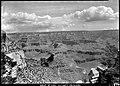 00436 Grand Canyon Village Viewpoints (7945618636).jpg