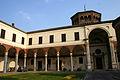 0064 - Milano - S. Ambrogio - Canonica - Portico del Bramante - Foto Giovanni Dall'Orto 25-Apr-2007.jpg