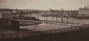 Blackfriars Street Bridge - ca 1878: Blackfriars Bridge from southeast; Petersville left, original Carling brewery right