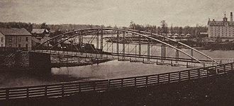 Blackfriars Street Bridge - ca 1878: Blackfriars Bridge from southeast; Petersville left, original Carling brewery right