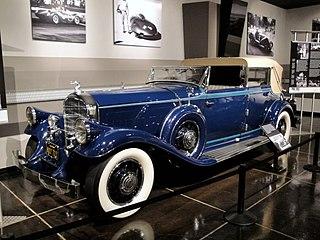 Classic car Wikimedia history article