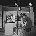 1951 Neuzeitliche Maikäferbekämpfung Condor Films.jpg