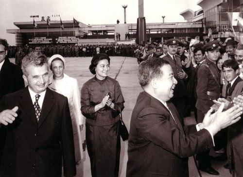1972 Norodom Sianuk visiting Romania
