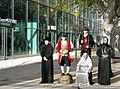 20091123050DR Dresden Prager Straße Pantomimengruppe.jpg