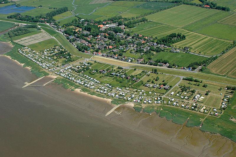 File:2012-05-28 Fotoflug Cuxhaven Wilhelmshaven DSC 3937.jpg