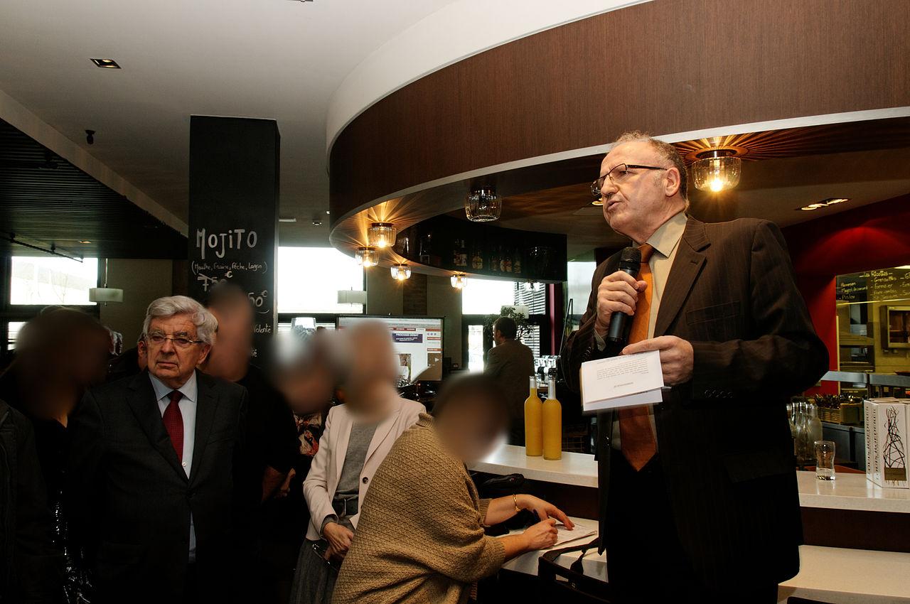 Restaurant L Evidence Rue Colbert Tours