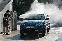 2015 Kłodzko, ul. Dusznicka, myjnia samochodowa 02.jpg
