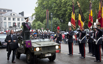 Albert II of Belgium - The King reviewing the army During the Belgian National Day, 2011