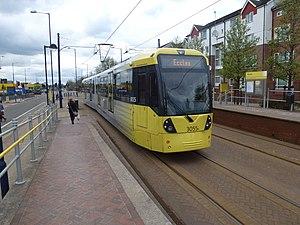 Weaste tram stop - An M5000 leaving Weaste