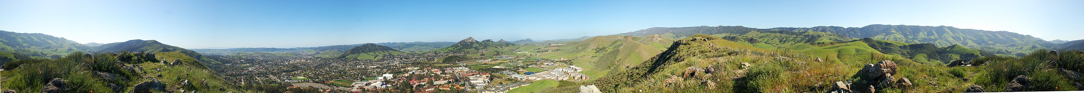 360° panorama of Cal Poly and San Luis Obispo, California taken from the top of Poly Canyon; Cerro San Luis and Bishop Peak in the middle with Cal Poly below