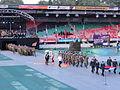 4-daagse Nijmegen 2011 Vlaggenparade 06, vlag dragen.JPG